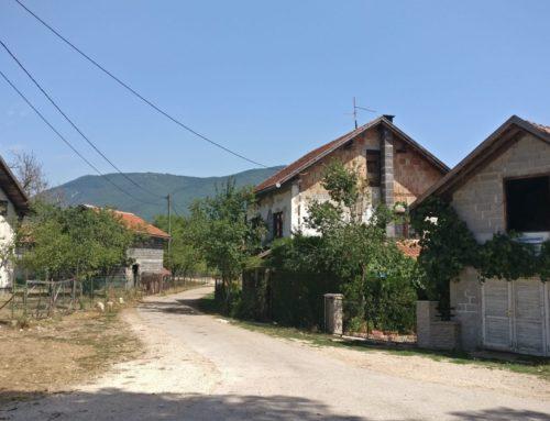Das bosnische Dorf ohne Krieg – Eine Reportage für den Deutschlandfunk Kultur